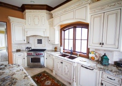 Kendor Wood Gallery | white kitchen cabinets